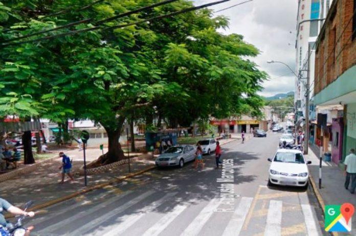 Praça Coronel Antônio Augusto de Oliveira