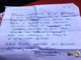 Novidade: Criminoso usa bilhete para anunciar assalto