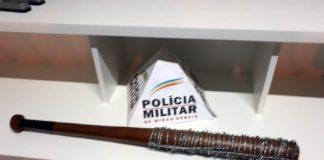 Réplica de bastão de The Walking Dead é apreendido em Ouro Fino