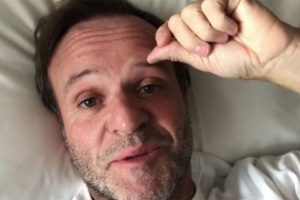 Piloto Rubinho Barrichello sofre princípio de AVC e está internado