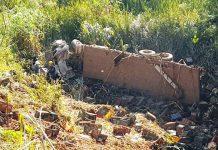 Caminhão cai em barranco e mata motorista em Poços de Caldas