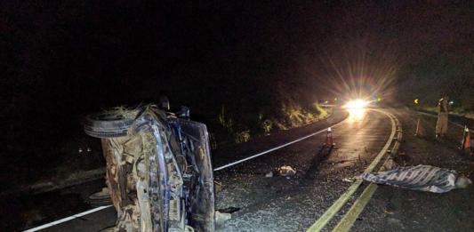 Lavrador morre ao ser arremessado de carro em acidente